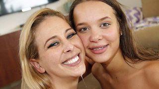 WatchingMyMomGoBlack Cherie DeVille – Liza Rowe – Beeg.com