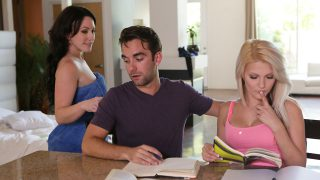 Nubiles MomsTeachSex – Hope Harper – Jennifer White – Cock Hungry Stepmom