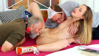 OldGoesYoung – Natalia Pearl  – fucked by her grandfathers friends