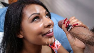 Bang Bros – Zoey Reyes jumps on dick until she cums
