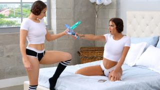 Aubrey Rose – Jessie Lynne – Rub Lick Suck – WeLiveTogether RealityKings