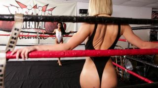 Carter Cruise, Kira Noir (Slippery Showdown)
