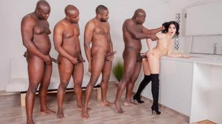 HD Private.com – Lady Dee – Four BBCs