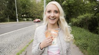 PublicAgent Helena Moeller (Horny tourist hungry for Czech cock)