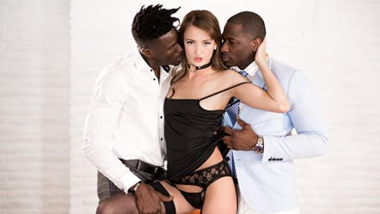 HD DarkX.com – Zoe Sparx – I Need A Favor