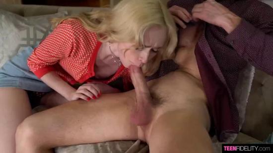 HD (TeenFidelity) – Candy White – Cum in a Teen